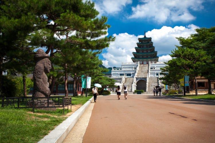 Национальный фольклорный музей Кореи - достопримечательности Сеула