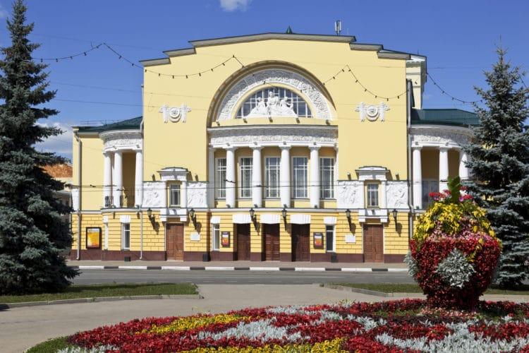 Российский театр драмы имени Ф. Волкова - достопримечательности Ярославля