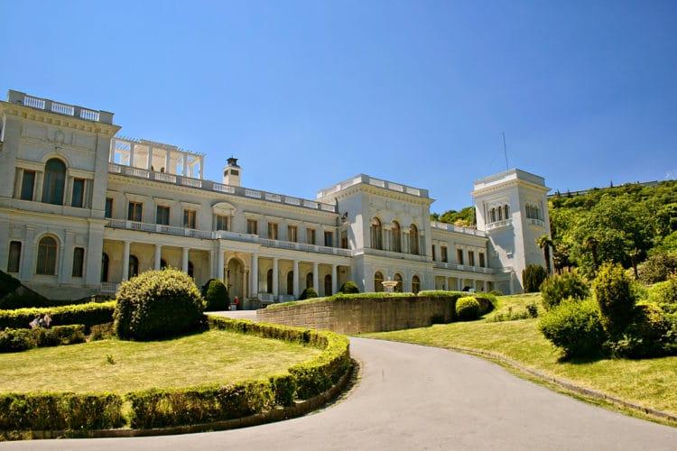 Ливадийский дворец - достопримечательности Ялты