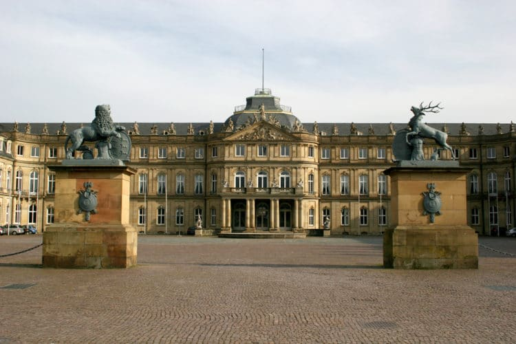 Новый дворец - достопримечательности Штутгарта