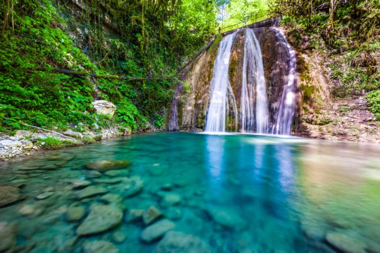 33 водопада - достопримечательности Сочи