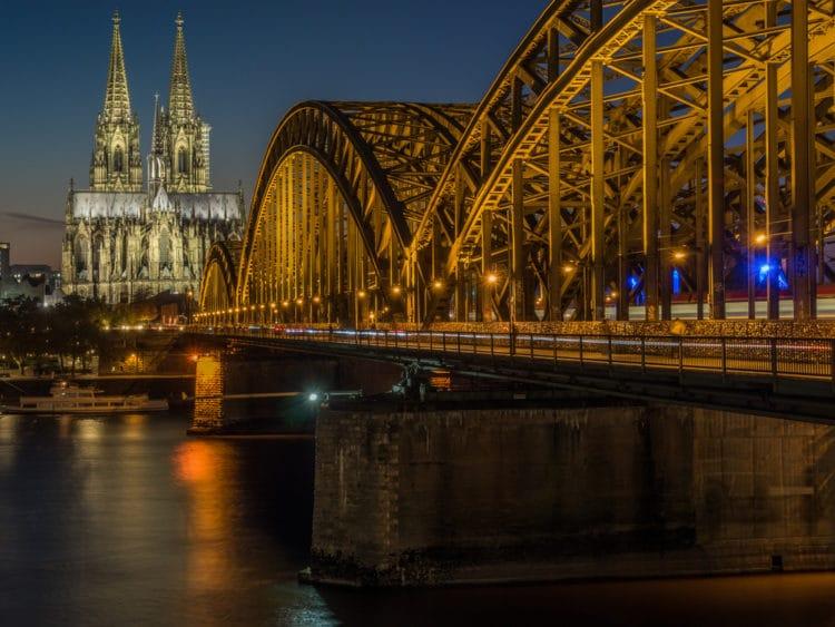 Мост Гогенцоллернов - Что посмотреть в Кёльне