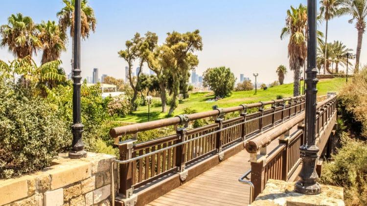 Каменный Мост желаний - достопримечательности Тель-Авива