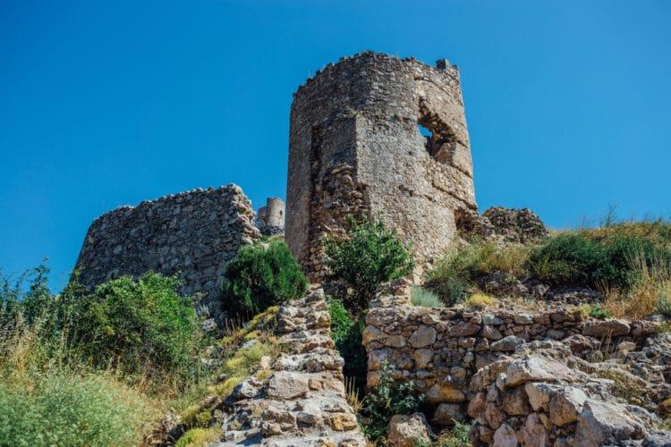 Генуэзская крепость Чембало - достопримечательности Севастополя