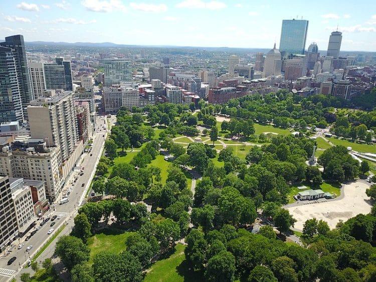 Центральный парк Бостон-Коммон - достопримечательности Бостона