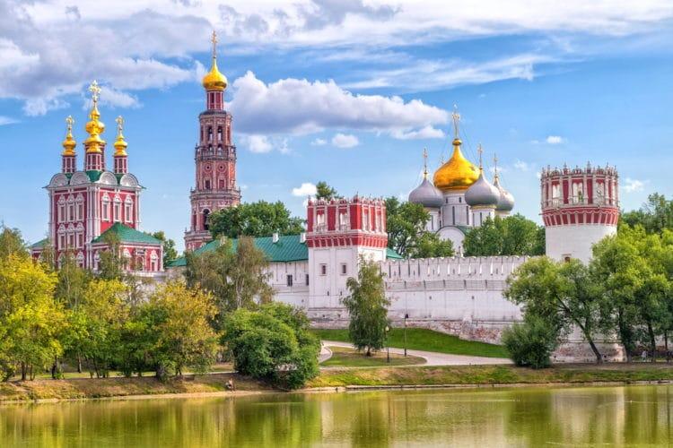 Новодевичий монастырь - достопримечательности Москвы