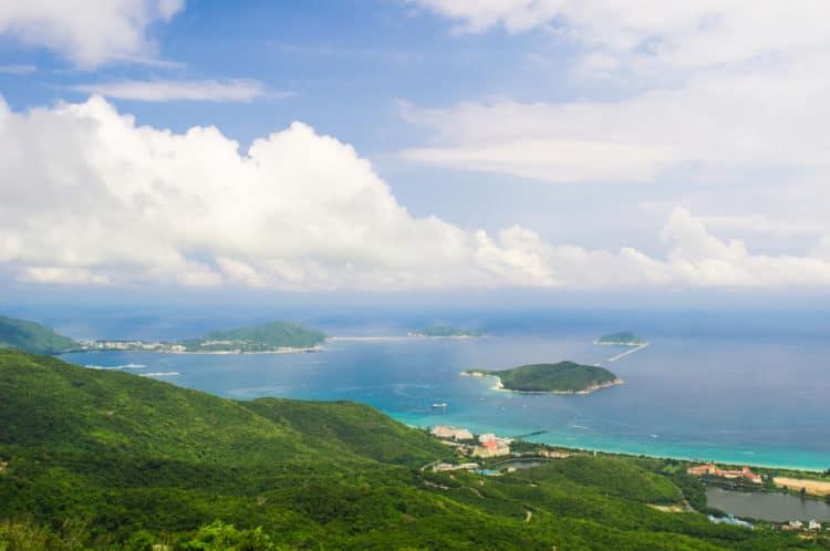 Залив Ялонг - достопримечательности острова Хайнань