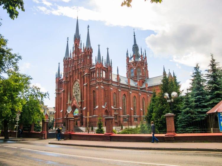 Собор Непорочного Зачатия Пресвятой Девы Марии - достопримечательности Москвы