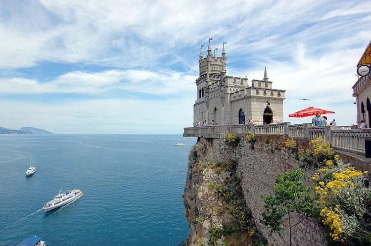 Ласточкино гнездо - достопримечательности Крыма