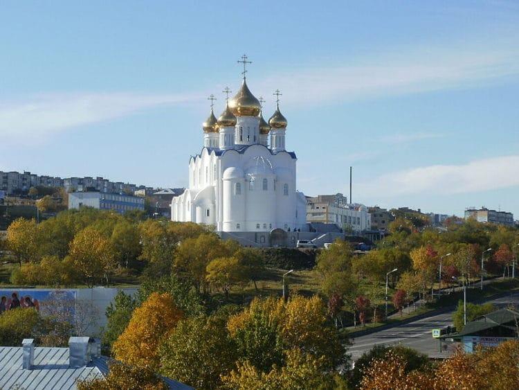 Свято-Троицкий кафедральный собор - достопримечательности Камчатки
