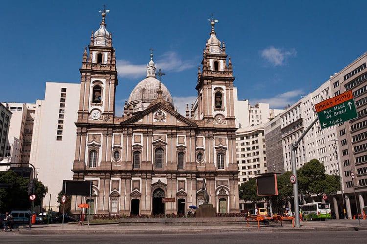 Церковь Канделария - достопримечательности Рио-де-Жанейро