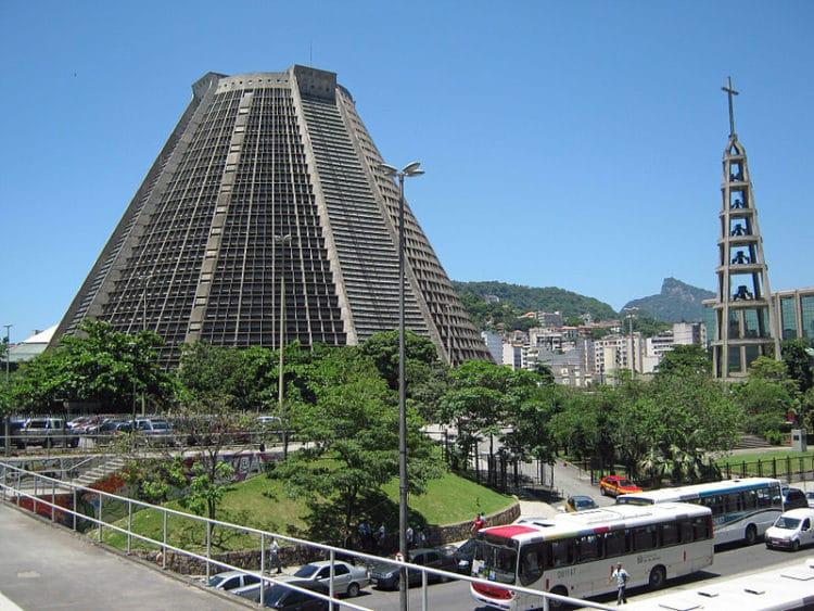 Кафедральный собор Святого Себастьяна - достопримечательности Рио-де-Жанейро
