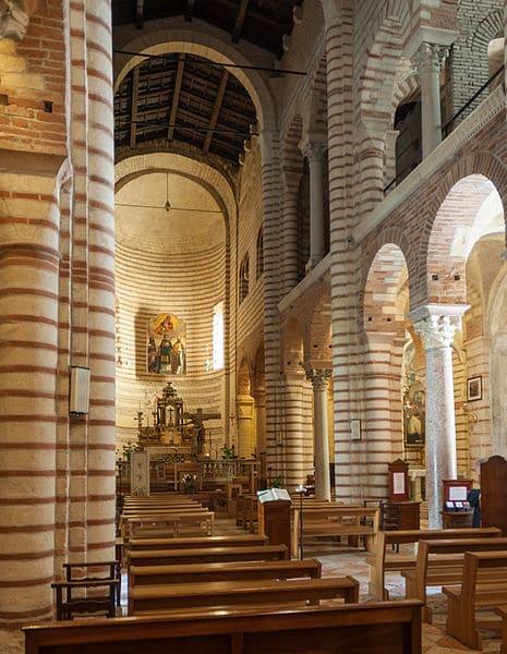 Церковь Сан-Лоренцо - достопримечательности Вероны