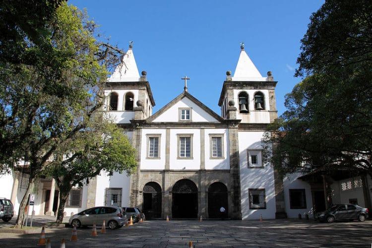Монастырь Святого Бенедикта - достопримечательности Рио-де Жанейро