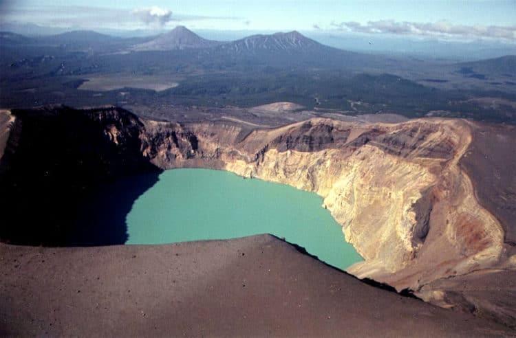 Кислотные озера Камчатки - достопримечательности Камчатки