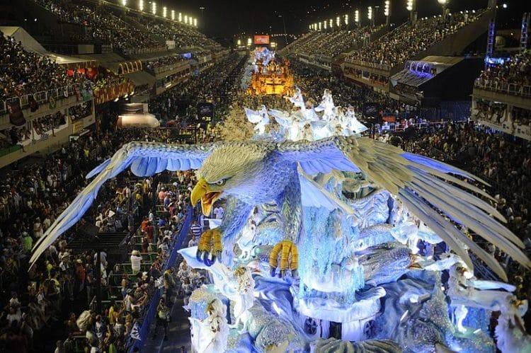 Карнавал в Рио-де-Жанейро - достопримечательности Рио-де-Жанейро