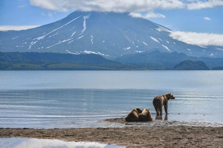 Курильское озеро - достопримечательности Камчатки