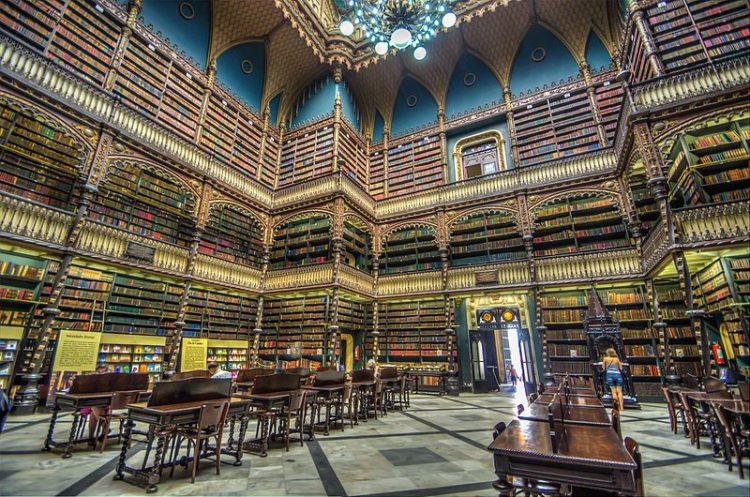 Португальская королевская библиотека - достопримечательности Рио-де-Жанейро