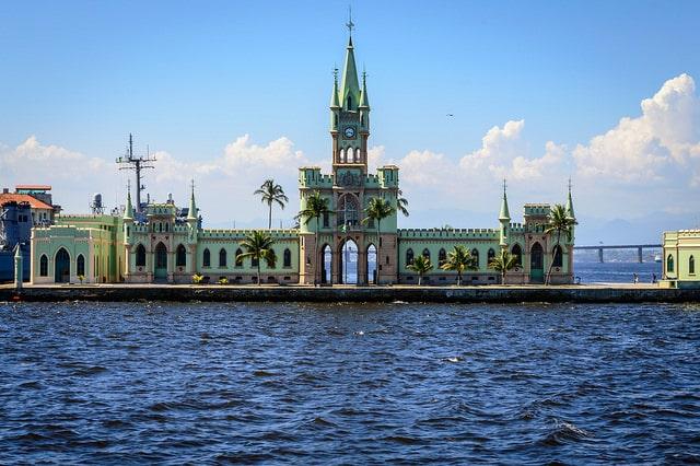 Замок Илха-Фискал - достопримечательности Рио-де-Жанейро