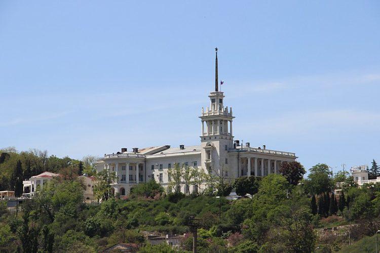 Театр Черноморского флота - достопримечательности Севастополя