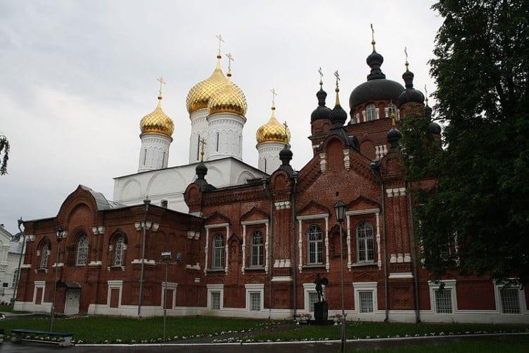 Богоявленско — Анастасиин монастырь - достопримечательности Костромы