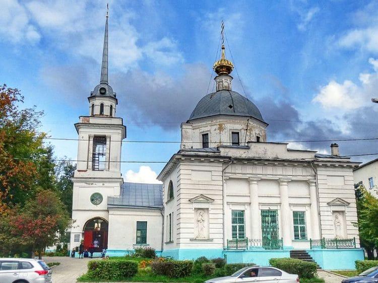 Церковь Трёх Исповедников - достопримечательности Твери