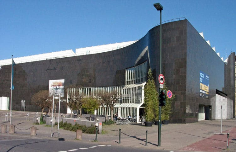 Художественное собрание земли Северный Рейн-Вестфалия - достопримечательности Дюссельдорфа