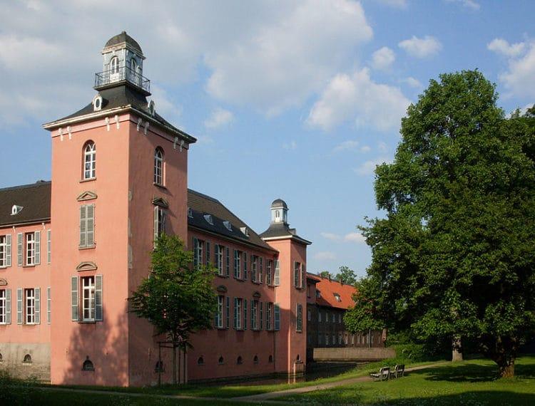 Замок Калькум - достопримечательности Дюссельдорфа