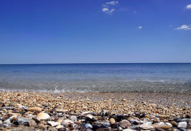 Пляж «Камешки» - достопримечательности Феодосии