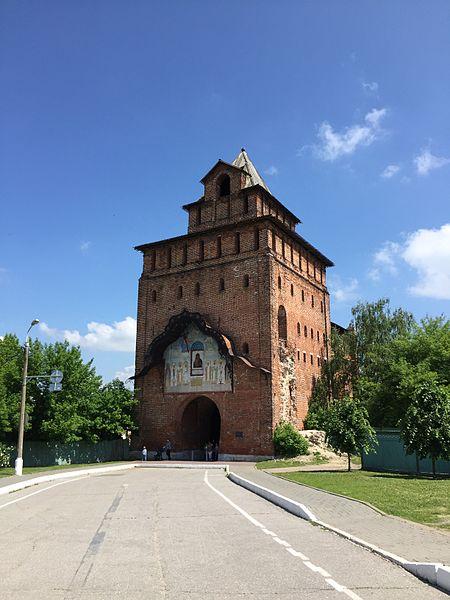Пятницкие ворота - достопримечательности Коломны