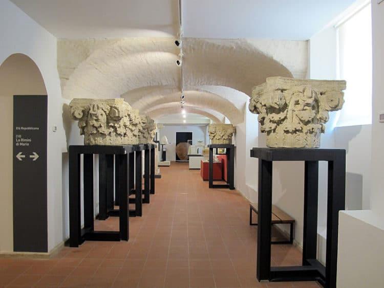 Городской музей - достопримечательности Римини