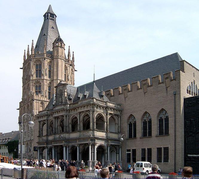 Кёльнская ратуша - достопримечательности Кёльна