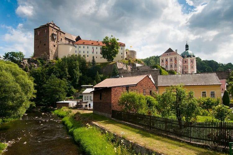 Замок Бечов над Теплой - достопримечательности Карловых Вар