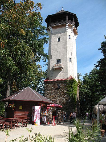 Обзорная башня Диана и Дом бабочек - достопримечательности Карловых Вар