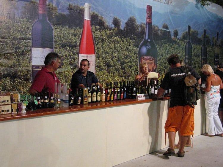 Винный фестиваль - достопримечательности Лимассола