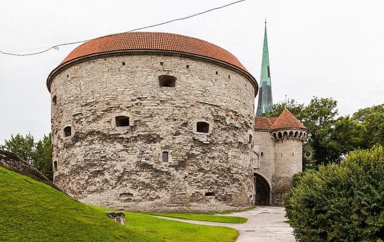 Башня Толстая Маргарита - достопримечательности Таллина