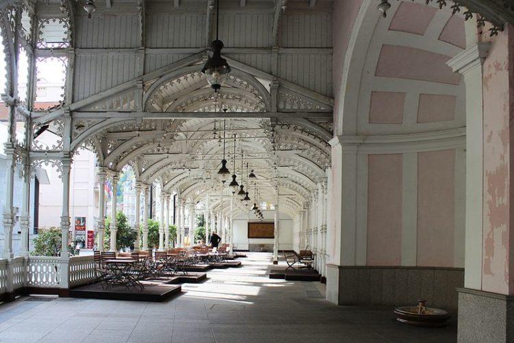 Рыночная колоннада - достопримечательности Карловых Вар