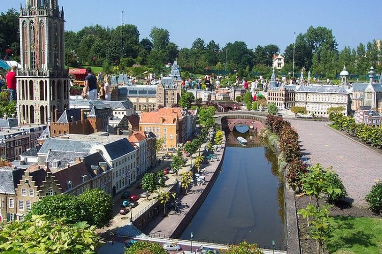 Парк миниатюр «Мадюродам» - достопримечательности Гааги