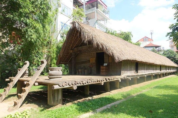 Вьетнамский музей этнологии - достопримечательности Ханоя