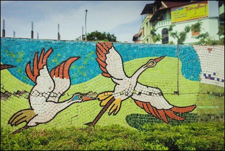 Ханойская керамическая мозаика - достопримечательности Ханоя