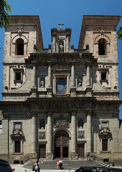 Церковь Сан Ильдефонсо - достопримечательности Толедо