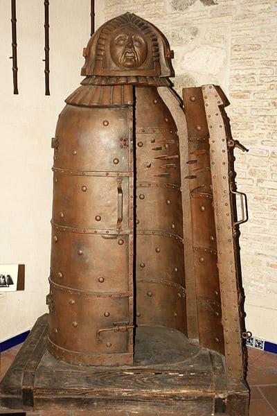 Музей инквизиции и пыток - достопримечательности Толедо
