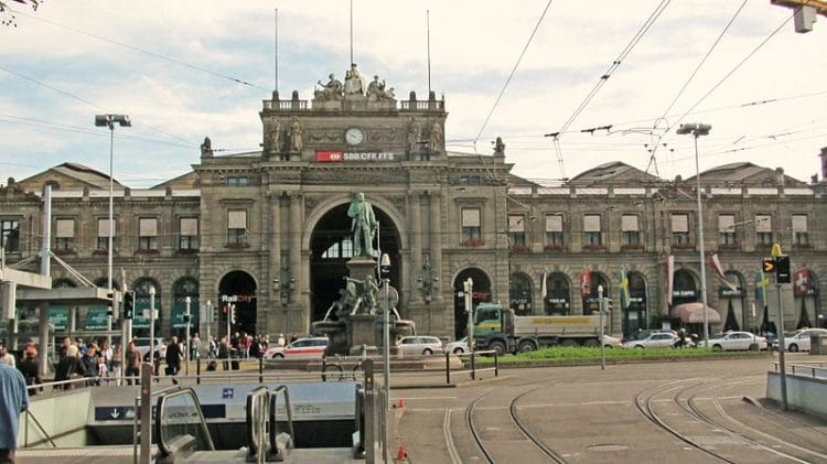 Железнодорожный вокзал Цюриха - достопримечательности Цюриха