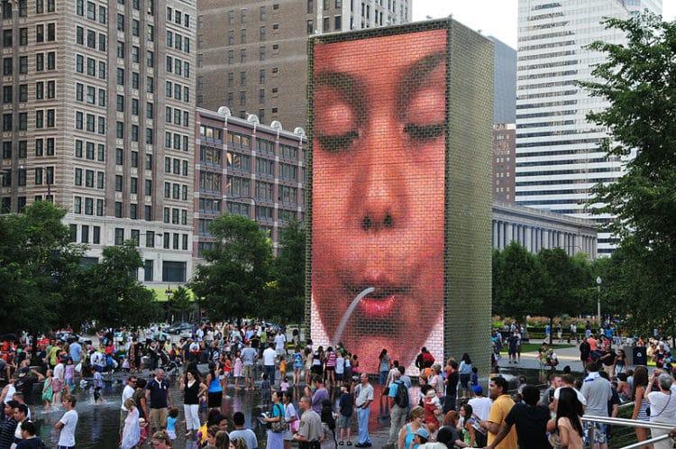 Фонтан Корона - достопримечательности Чикаго