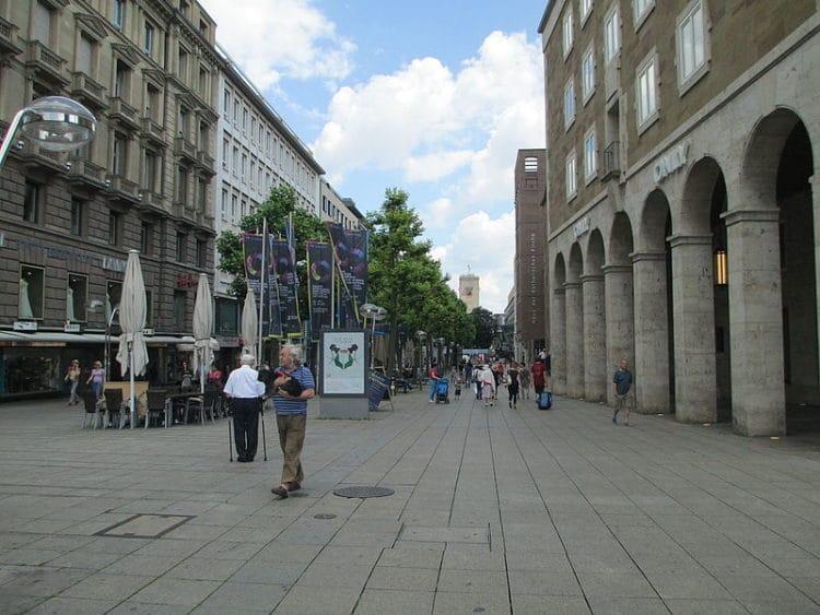 Улица Кёнигштрассе - достопримечательности Штутгарта
