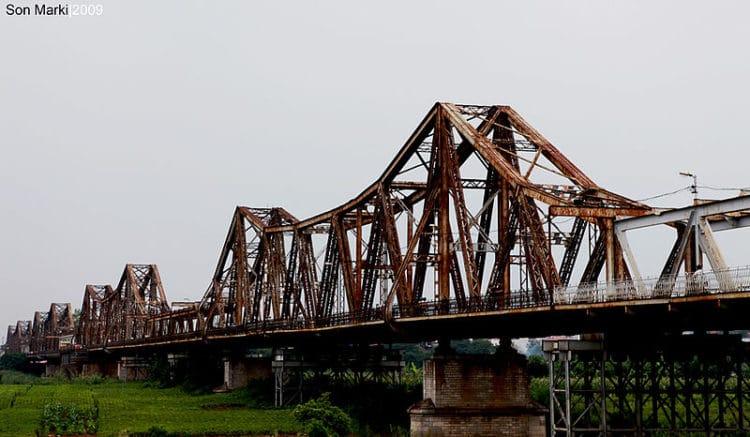 Мост Лонг Бьен - достопримечательности Ханоя