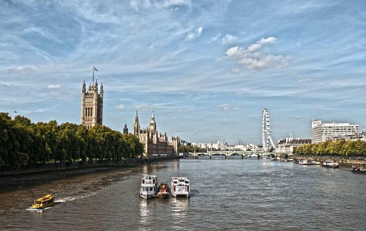 Река Темза - достопримечательности Лондона. Англия, Великобритания