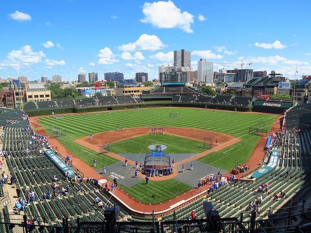 Бейсбольный стадион Ригли-филд - достопримечательности Чикаго