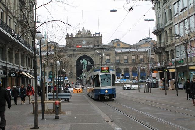 Улица Банхофштрассе - достопримечательности Цюриха