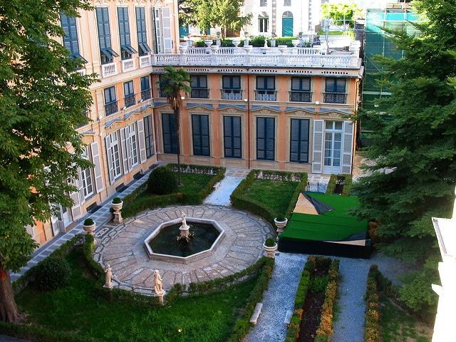 Палаццо Бьянко - достопримечательности Генуи